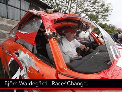 driver_Björn_Waldegård_porsche_race4change